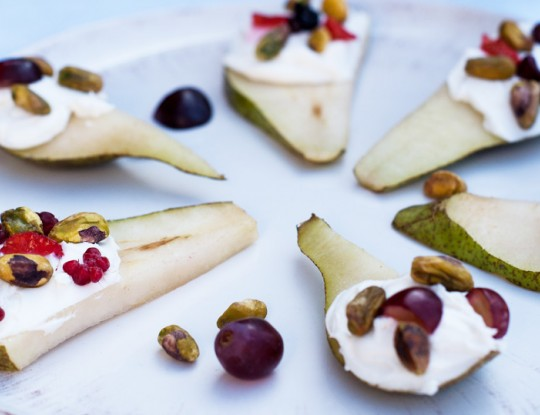 goat's cheese with pear